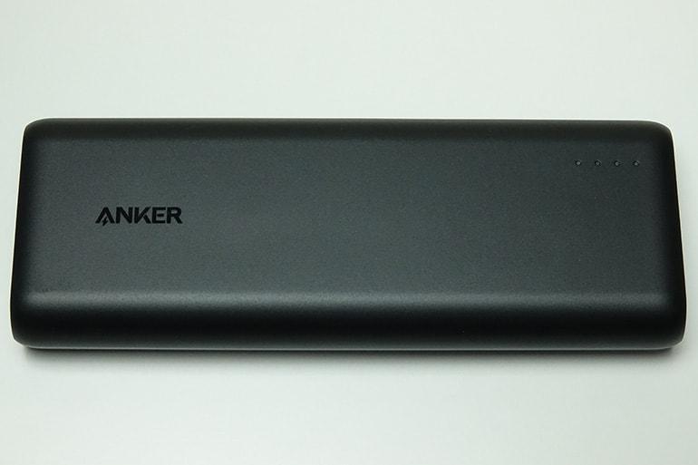 Anker PowerCore Speed 20000の表面