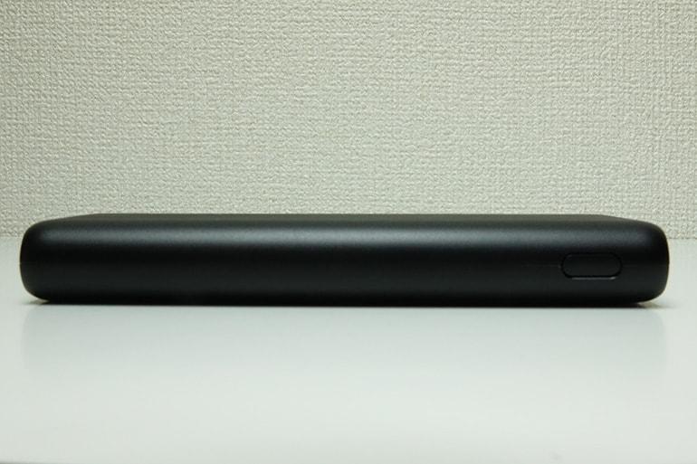 Anker PowerCore Speed 20000の側面