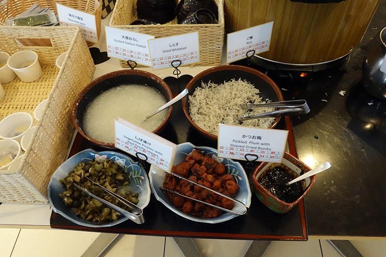 アパホテル肥後橋のレストラン「ラ・ベランダ」の料理(和食)
