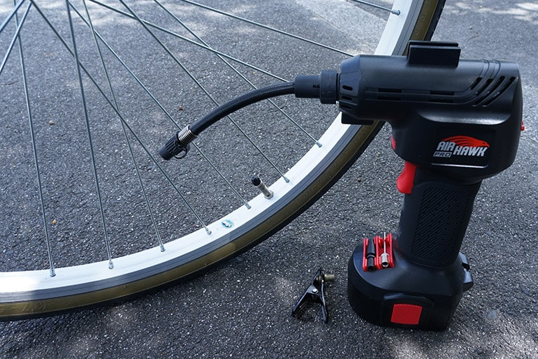 エアホークプロと自転車