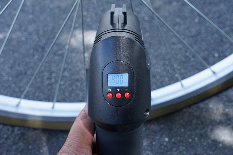 エアホークプロの空気圧を設定する
