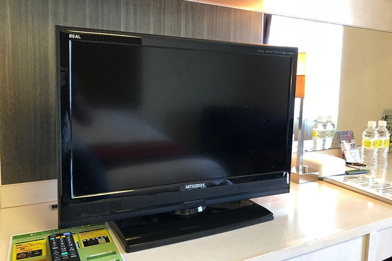 ホテルモントレラ・スール大阪の客室(テレビ)