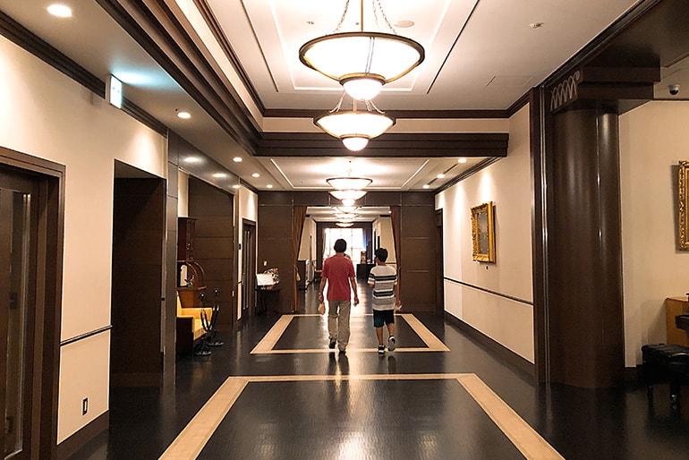 ホテルモントレラ・スール大阪17Fの廊下