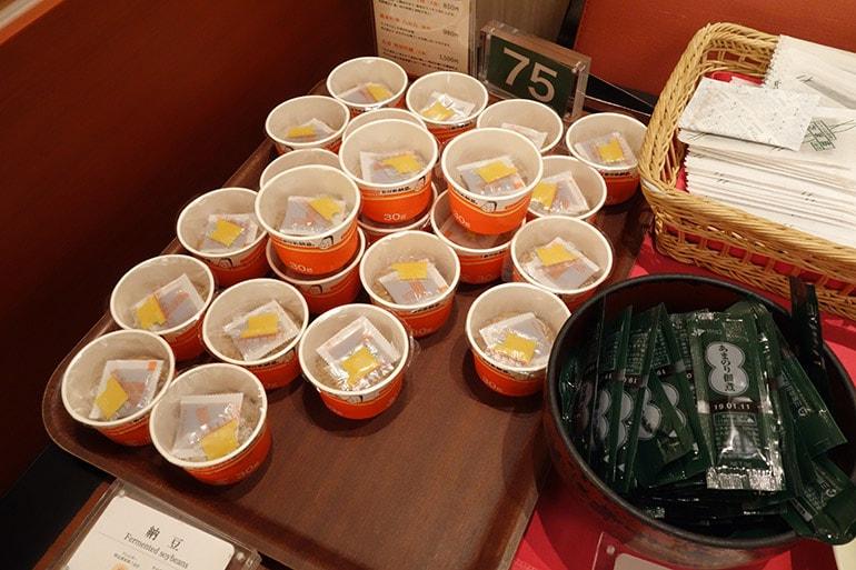 オリンピアの朝食バイキング「納豆」「のり佃煮」