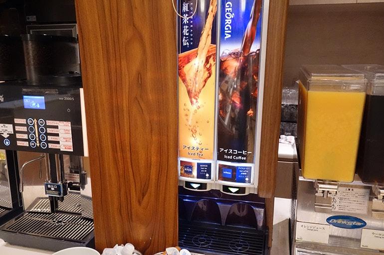 オリンピアの朝食バイキング「アイスコーヒー」「アイスティー」