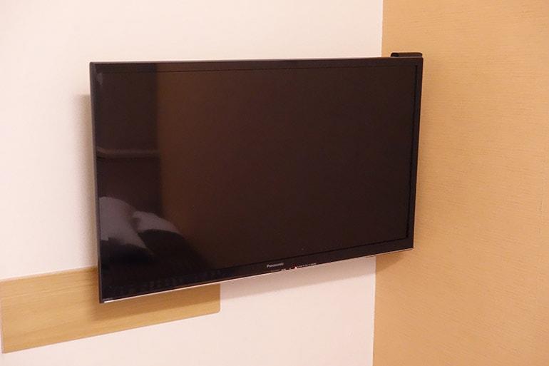 新阪急ホテルの客室のテレビ