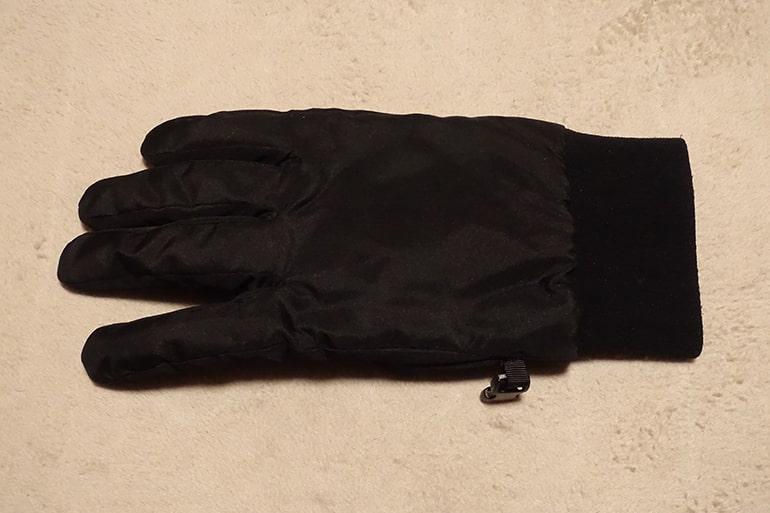 セブンイレブンのスベリ止め付き中わた手袋