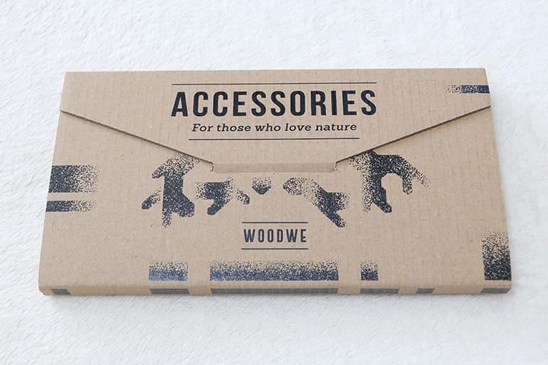 WOODWEのiPhoneケース「SEA SHELL」梱包の中身